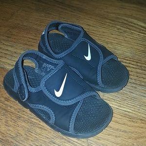 Boys nike sandals toddler 10
